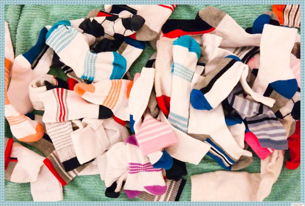 Socken sortieren mit Kindern