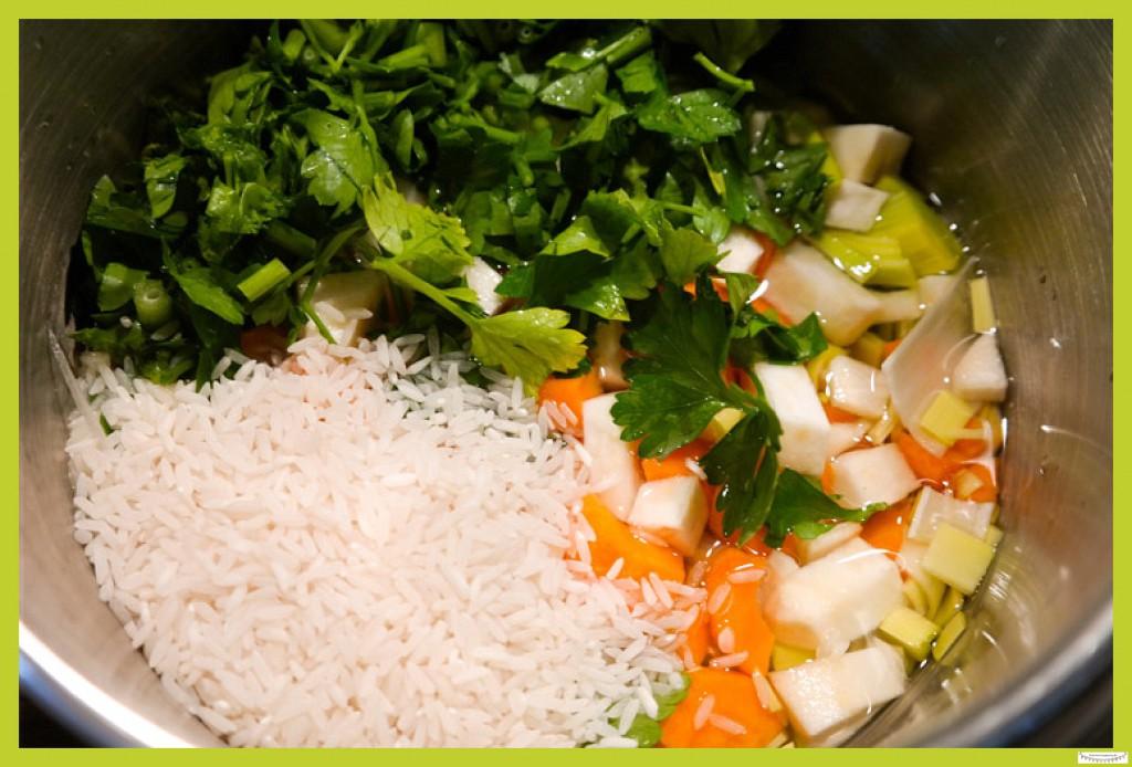 Gemüsesuppe mit Reis