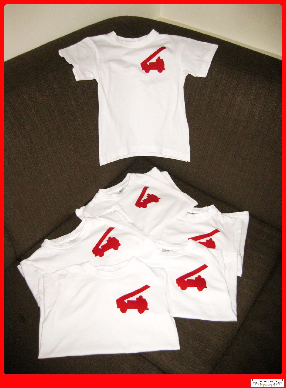 weisse t shirts ein wenig roten baumwollstoff und b gelvlies kaufen. Black Bedroom Furniture Sets. Home Design Ideas