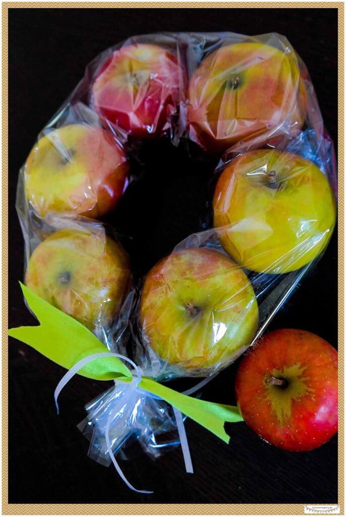 Apfelkranz binden