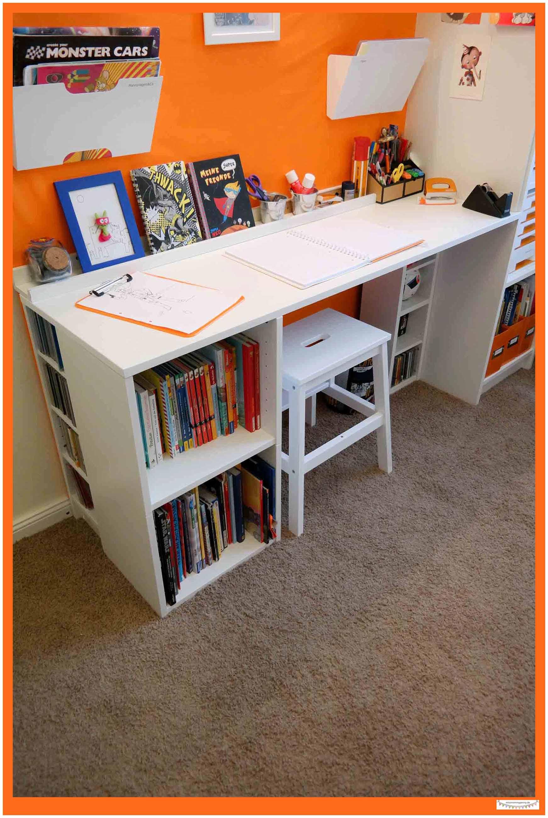 kinderzimmerschreibtisch f r kleine r ume missmommypenny. Black Bedroom Furniture Sets. Home Design Ideas