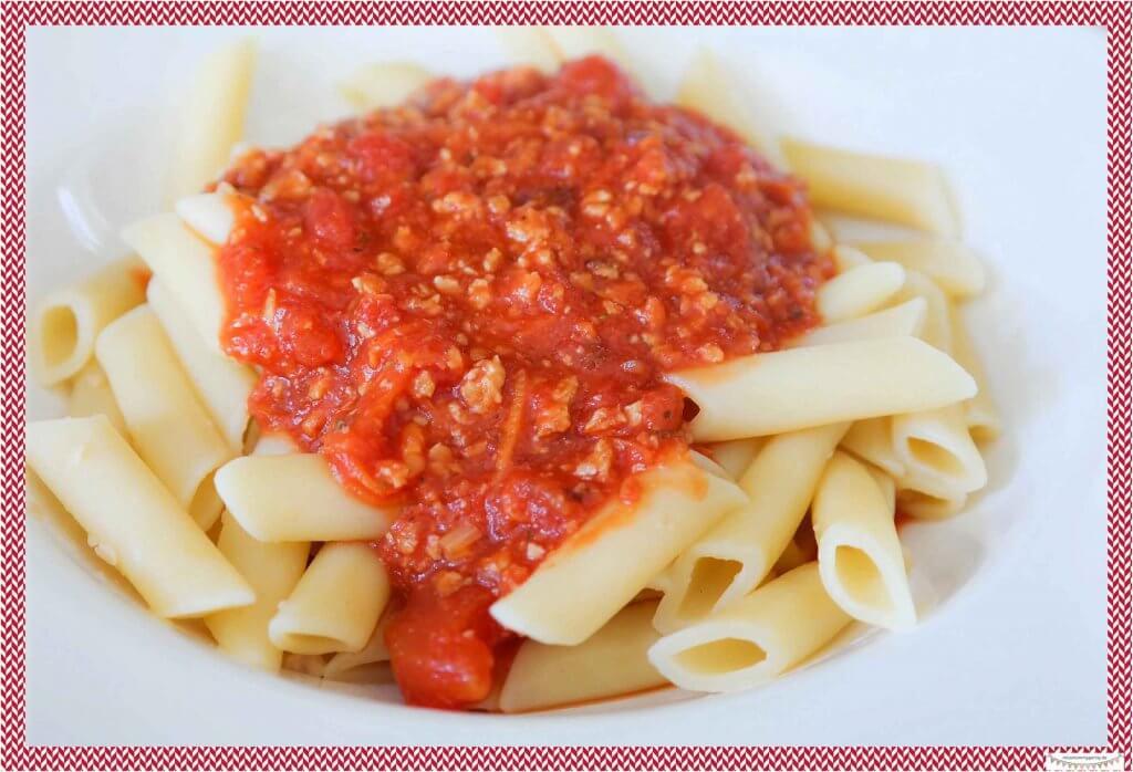 Vegetarische Bolognese mit Soajschnetzel kochen