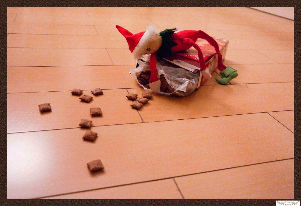 Frecher Weihnachtself